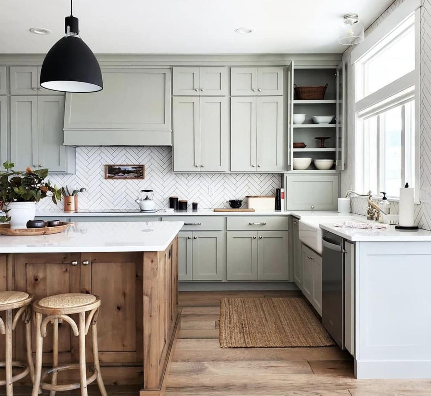 An elegant modular kitchen